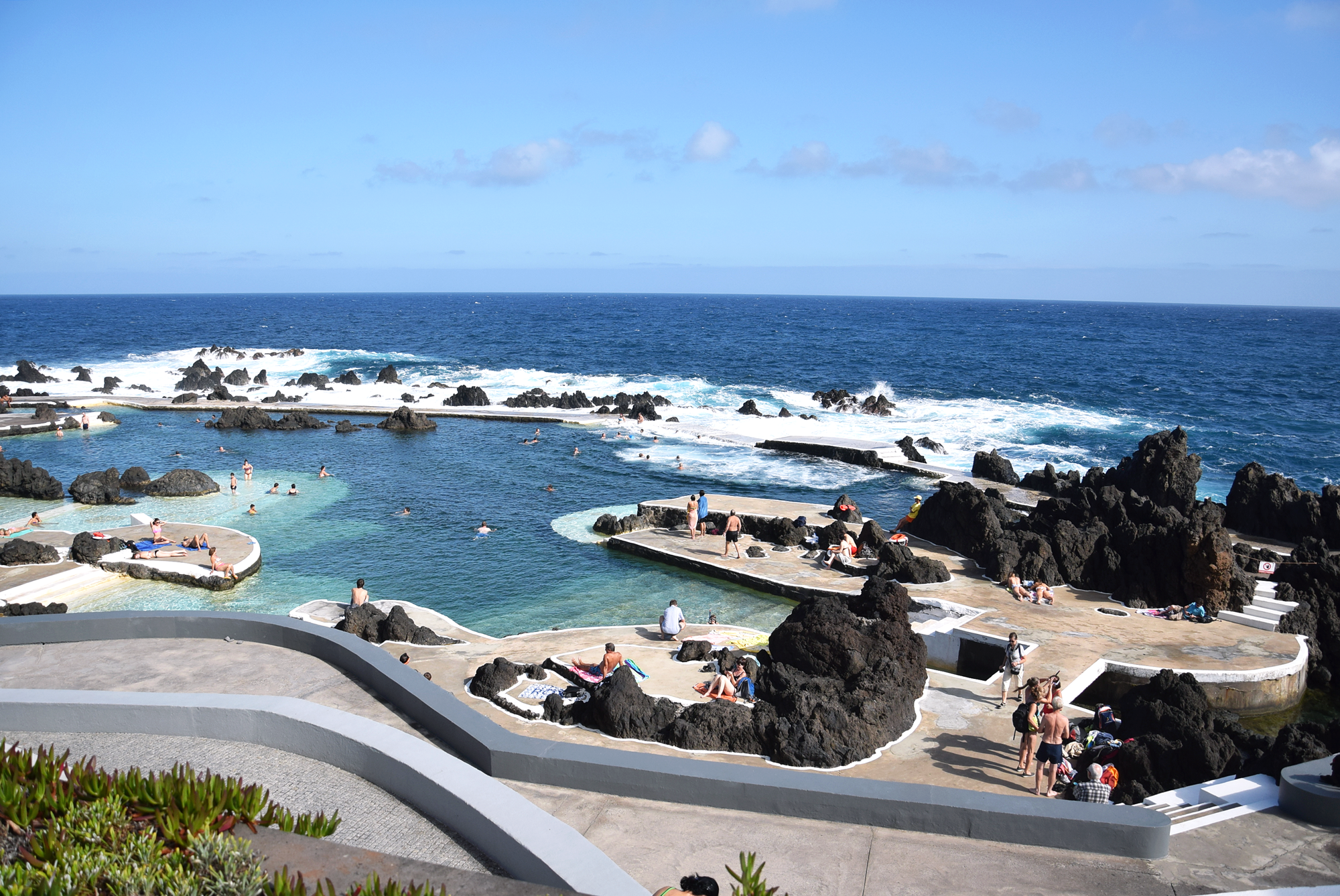 lawowe-baseny-porto-moniz